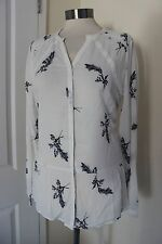 size 12 stunning blouse from marks and spencer white with a blue flower detail