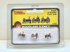 # 36226 N scale NOCH Six BUSINESSMEN FIGURES with Man Reading Newspaper