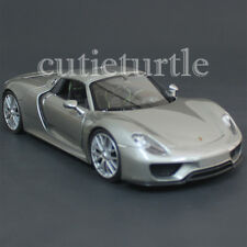 Welly 24055 Porsche 918 Spyder Hard Top 1:24 Diecast Model Car Grey