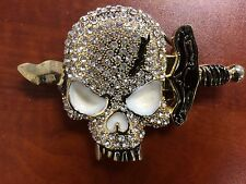 Pirate/ skull rhinestone belt buckle