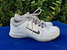 NIKE Training Running Air Jordan WHITE & SILVER Yoga Walking Shoes Womens Size 7