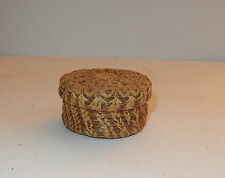 Vintage Small Pine Needle Raffia Sewing Notions Trinket Basket With Lid