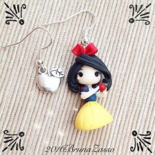 Orecchini Chibi Biancaneve ~ Cute Disney Earrings Fimo Polymer Clay Kawaii tiny