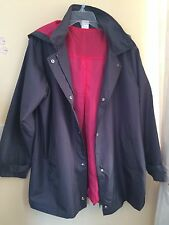 (M01) LADIES Lightweight JACKET SIZE 18 HOODED RAINCOAT MAC