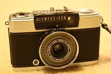 Olympus Pen EE-2 Chrome 35mm Half Frame Point & Shoot Camera Zuiko 1:3.5 Lens