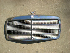 Mercedes W126 Grille with Emblem