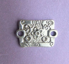 15 x Antique Silver Flower Patterned Connector Bars  - 22mm x 15mm