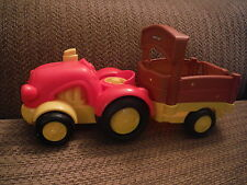 FISHER PRICE LITTLE PEOPLE Tractor and Trailor - Sounds work!!!