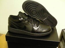 Nike air jordan 1 low (GS) size 5.5Y= 7 women's All black