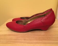 B.A.I.T Shoes Red Kitten Heels 7.5 Modcloth Pinup Bait But Another Innocent Tale