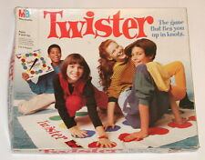 Twister game 1993 complete Milton Bradley Ties You Up in Knots Excellent