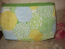 CLINIQUE-MAKE UP BAG-/MULTI-COLOR-GREEN/YELLOW/BLUE/WHITE -/FLOWERS/-MEDIUM-NEW!
