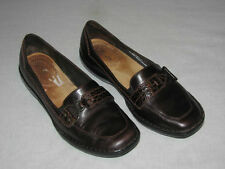 CLARKS 77415 Womens Size 6M SHOE Brown Leather Slip-On Loafer Made in BRAZIL 6 M