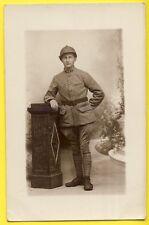cpa Carte Photo MILITAIRE SOLDAT du 64e Régiment en Uniforme et Casque