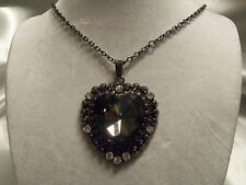 FUNKY COOL Design CHUNKY Gunmetal HEART Rhinestones GLASS Center Necklace 14N551