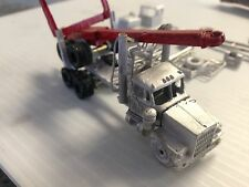 ULRICH 1/87  WHITE 9000 LOGGING TRUCK WITH TRAILER