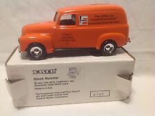 JIMMY'S AUTO PARTS FRAM FILTERS 1950 PANEL TRUCK BANK  ERTL #2951  1:25