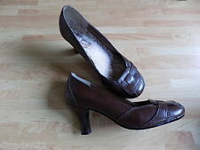 Hush Puppies women's heels size 4 brown leather