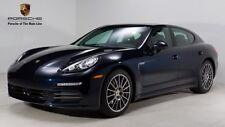 Porsche : Panamera 4