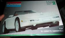 MONOGRAM 1991 CHEVY CORVETTE CONVERTIBLE 1/24 FS Model Car Mountain KIT