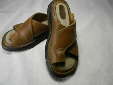 Women's brown leather upper BORN  slip on sandals flip flops sz 6