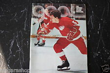 THE goal MAGAZINE*NHL*November 1974*Marcel Dionne*Interview w/ Jean Beliveau*