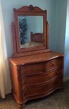 2-Pc Bed & Dresser ~ Solid Oak Bedroom Set ~ Queen Bed & Dresser w/Mirror
