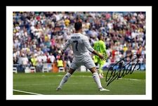 CRISTIANO RONALDO - MANCHESTER UNITED AUTOGRAPHED SIGNED FRAMED PP POSTER PHOTO