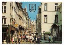 bruxelles  rue de l'etuve avec manneken-pis    . a.c