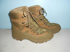 New Wellco M760 Mojave Hot Weather Combat Hiker Army Boots Size 9 1/2 Wide