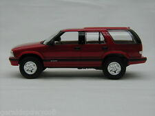 1995 Chevrolet Blazer Apple Red 1/25 AMT-ERTL #7032EO Promotional Replica
