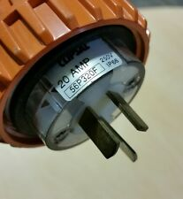 CLIPSAL 20  AMP 56P320f IP 66 250V PLUG POWER  ELECTRIC INDUSTRIAL  CABLE SOCKET
