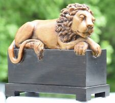 HEAVY RESIN AND WOOD SLEEPING LION SCULPTURE MANTLE DISPLAY PIECE 749035090852