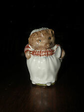 ROYAL ALBERT MRS. TIGGY WINKLE Beatrix Potter porcelain figurine