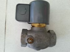 "HONEYWELL SOLENOID ACTIVATED GAS VALVE NNB V4036A-1035-1 W/ 1"" PORTS"