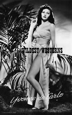 YVONNE DE CARLO Sexy BAREFOOT PHOTO Munsters SARONG Toes n Legs BUSTY bare belly