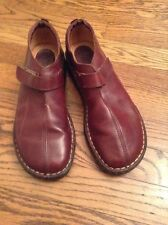 Born Women's Slip On Leather Shoes Size 8