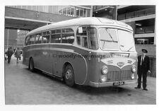 tm3986 - Coach Bus - UCD 126 - photograph
