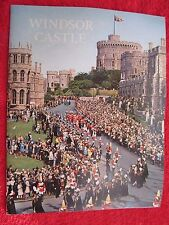 1977 WINDSOR CASTLE ENGLAND 32 PAGE ILLUSTRATED SOUVENIR BOOK