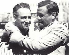 THE GREAT NEW YORK YANKEE ICONS BABE RUTH AND LOU GEHRIG HUG  RETIREMENT SPEECH
