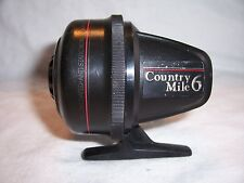VINTAGE JOHNSON COUNTRY MILE 6 FISHING REEL
