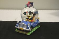 Walt Disney's Minnie And Mickey Mouse - Collectible Christmas Snow Globe