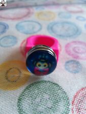 "Anillo silicona rosa fucsia ""snap button"" + REGALO"