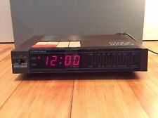 Vintage 1982 Toshiba Clock Radio Model RC-7100 Works