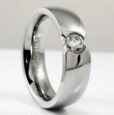 TITANIUM Shiny Polished Fashion RING with Round CZ, size 10 - NEW - in Gift Box!