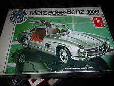AMT 1955 MERCEDES BENZ GULLWING 300SL MODERN CLASSICS Model Car Mountain 1/25