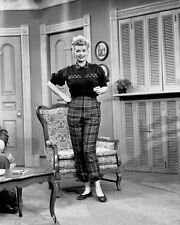 Lucille Ball I Love Lucy   8 x 10 photo ( 233 )