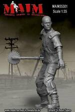 Post Apocalyptic Warrior #2 / 1/35 Scale resin model kit
