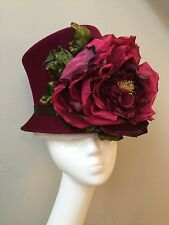 BNWOT PHILIP TREACY LONDON ICONIC BURGUNDY HAT LARGE SILK/VELVET FLOWER & BOX