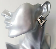 Gorgeous black & GOLD tone diamante TRIANGLE shape stud style - drop earrings
